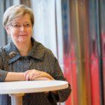 Liisa Jaakonsaari: Kirkko viestii olemassaolollaan